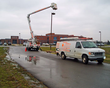 Electrical installation of road and parking lot lighting